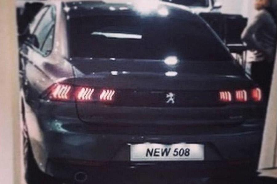 Частично рассекречена внешность нового Peugeot 508