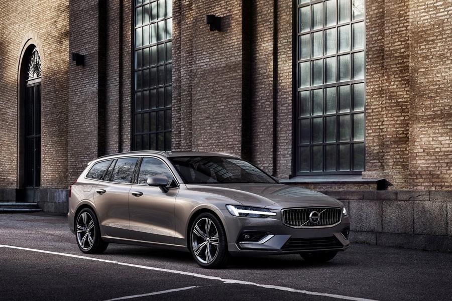 Volvo показала новое поколение универсала V60