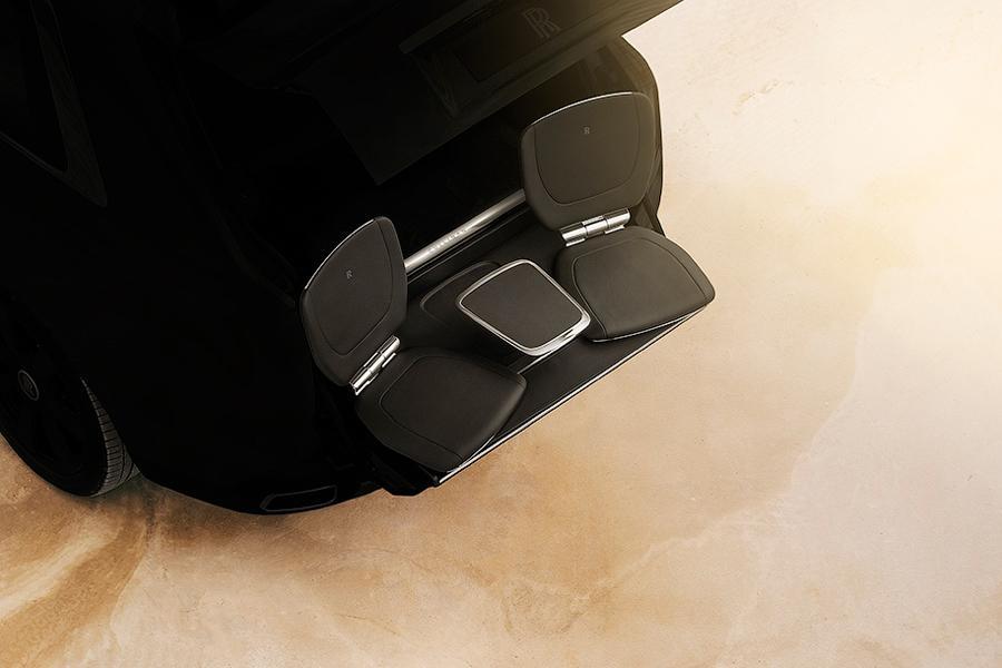 Внедорожник Rolls-Royce оснастят сиденьями для любования закатом
