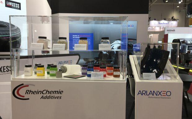 Rhein Chemie представила в Ганновере комплекс решений для производства  «зеленых шин»