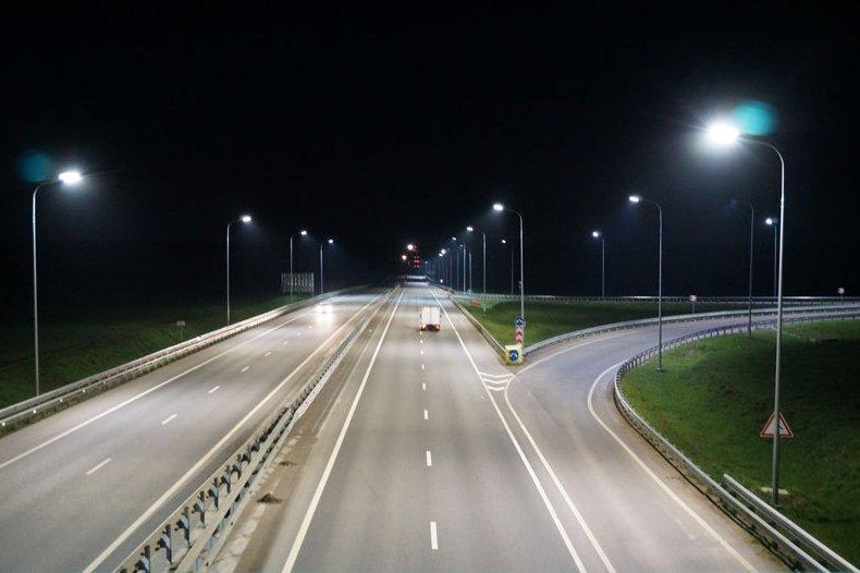 На московских трассах появятся «умные» фонари