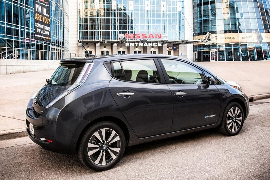 Эксперты рассказали, как дешевеет с годами Nissan Leaf