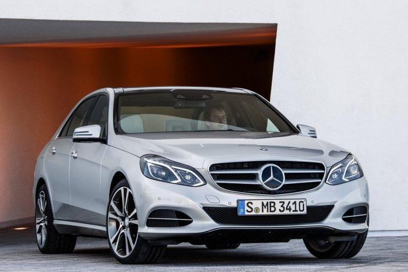 Mercedes объявляет масштабный отзыв в России