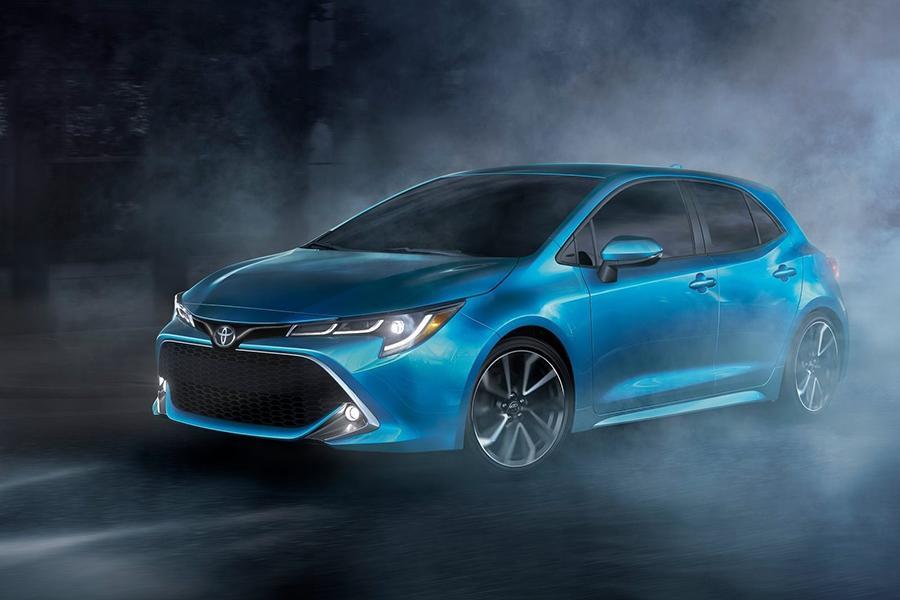 Toyota рассекретила хэтчбек Corolla