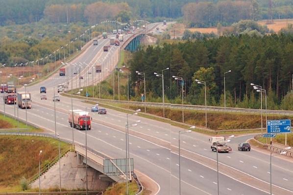 Регионам выделили 6,1 млрд рублей на развитие дорог
