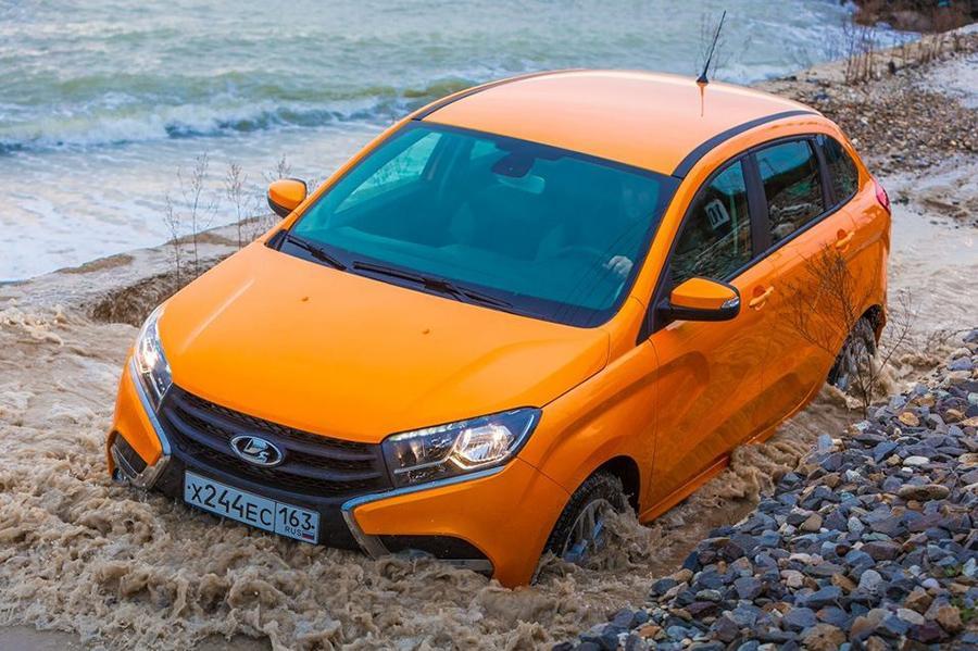 Lada XRAY получит новую базовую комплектацию