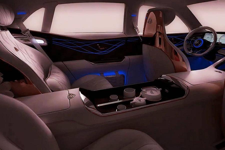 Mercedes показал очередные тизеры нового Maybach