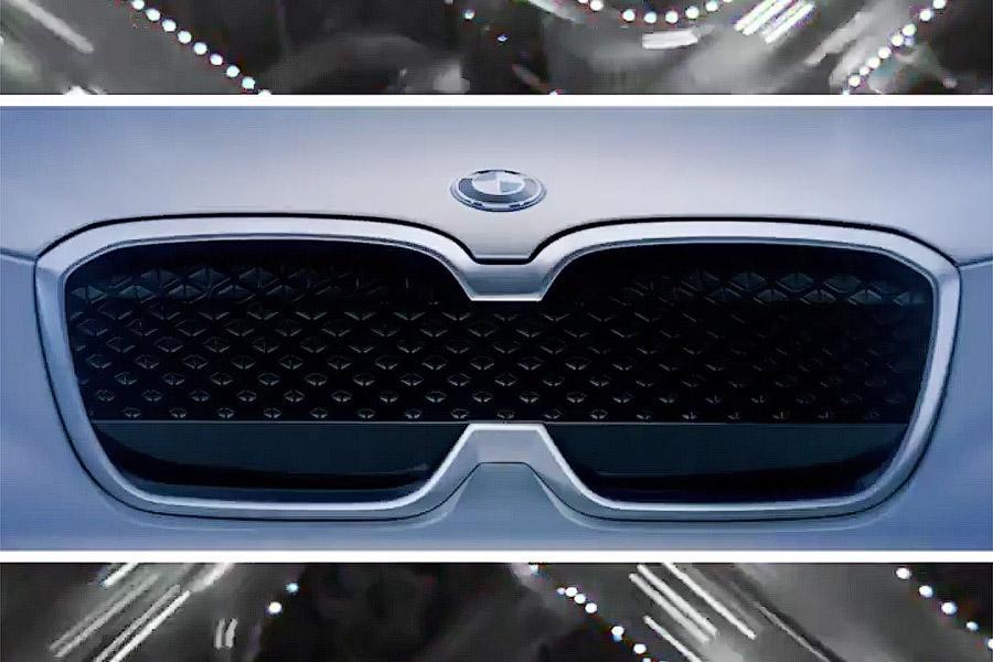 BMW анонсировал первый электрокроссовер