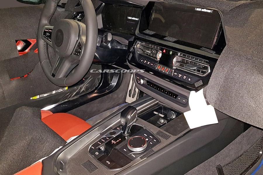 Фотошпионы заглянули в салон нового BMW Z4