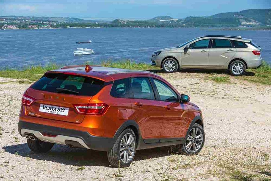 Lada Vesta SW и SW Cross пошли на экспорт в Европу