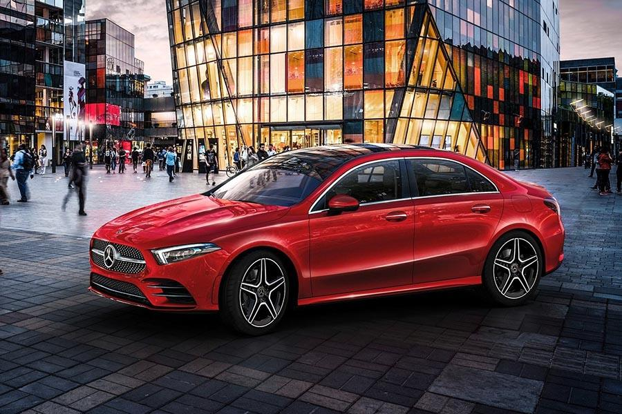 Автосалон в Пекине 2018: Mercedes-Benz A-Class Sedan