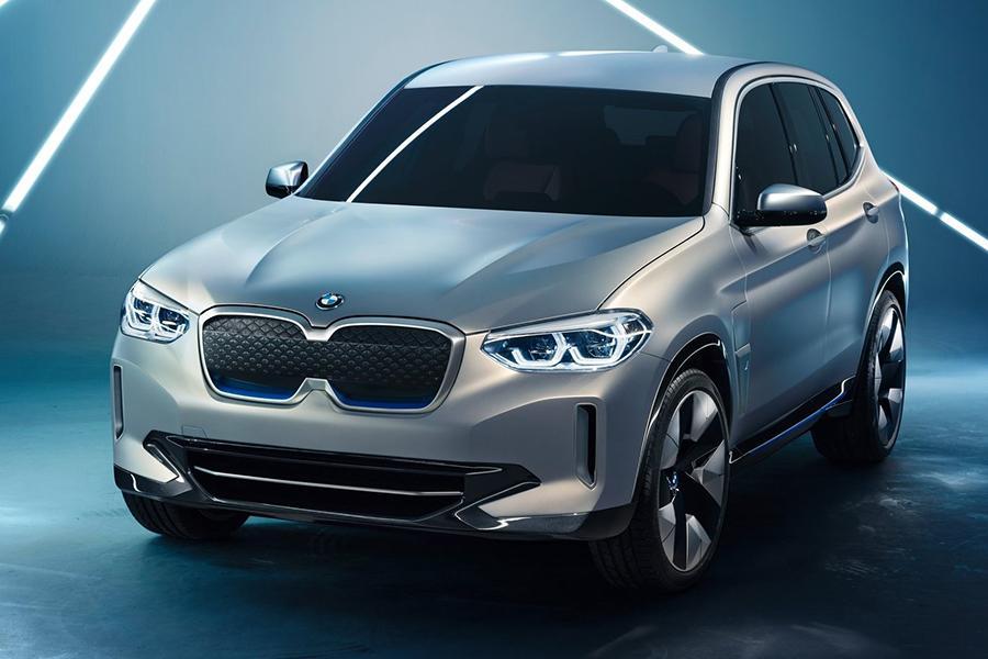 Автосалон в Пекине 2018: BMW iX3