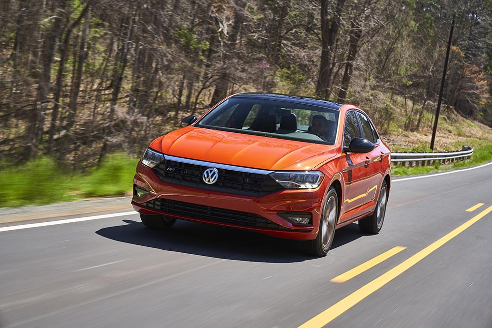 VW Jetta нового поколения поедут на всесезонках Falken Tires