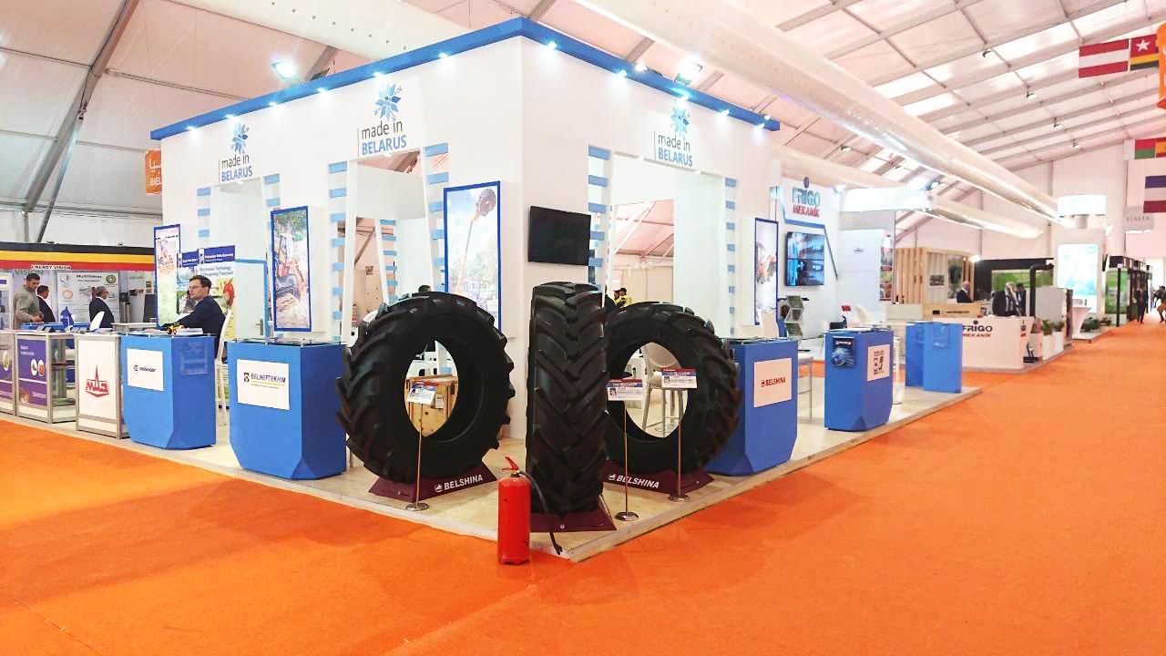 На выставке в Марокко представили бобруйские шины для тракторов
