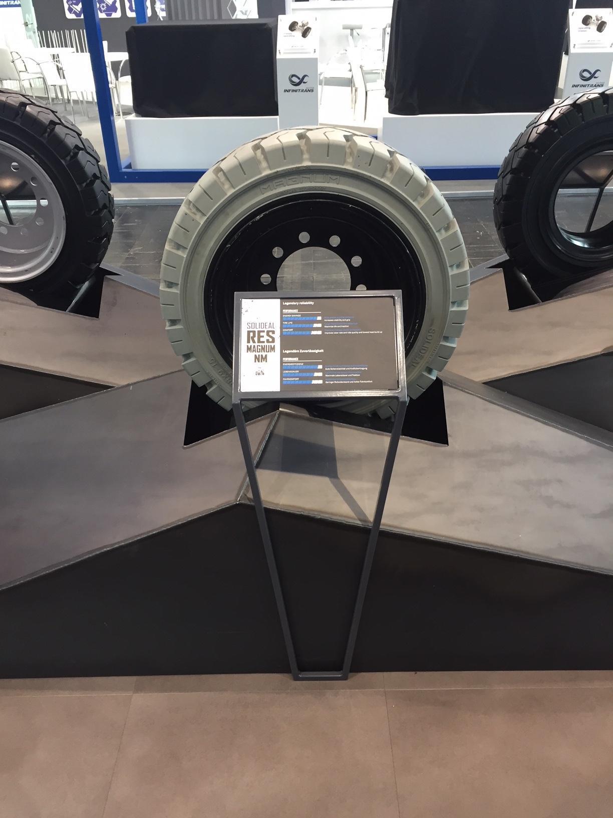 На выставке CeMAT 2018 дебютировала первая антистатическая шина Solideal для погрузчиков