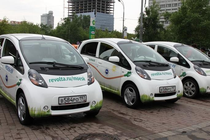 Электромобили предложили освободить от транспортного налога
