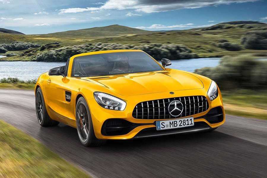 Родстер Mercedes-AMG GT обрел еще одну версию
