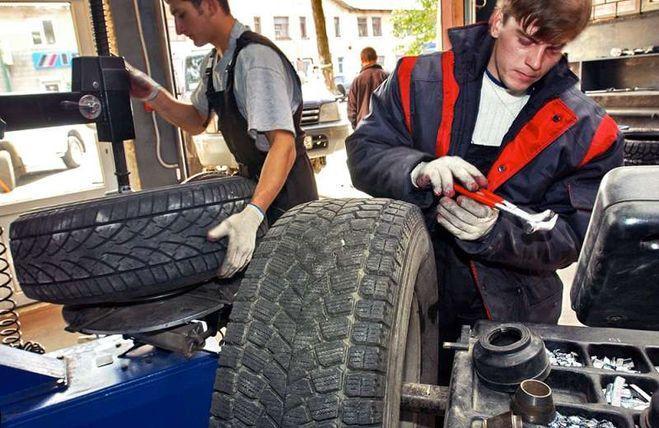 Комитет Госдумы вновь рекомендовал отклонить законопроект о штрафах за несезонные шины