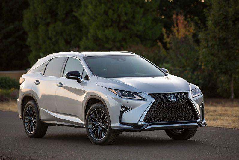 Под отзыв в России попали Toyota и Lexus