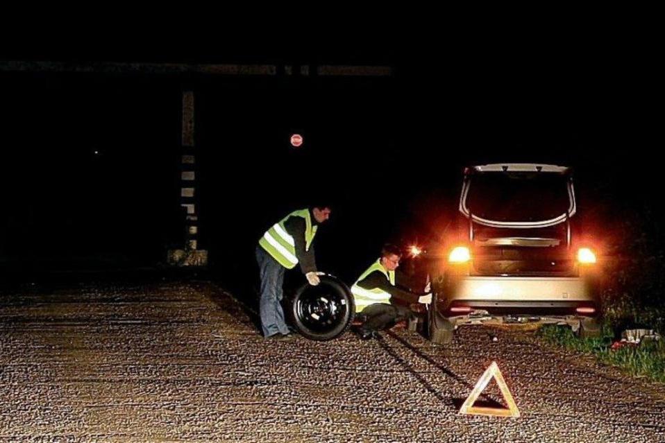В МВД дали разъяснения по светоотражающим жилетам