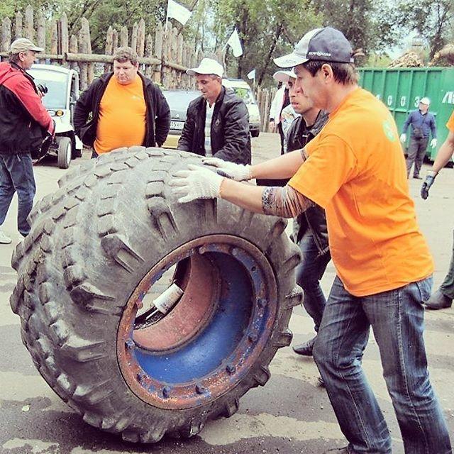 С начала года жители Подмосковья сдали на утилизацию около 2 тысяч тонн шин