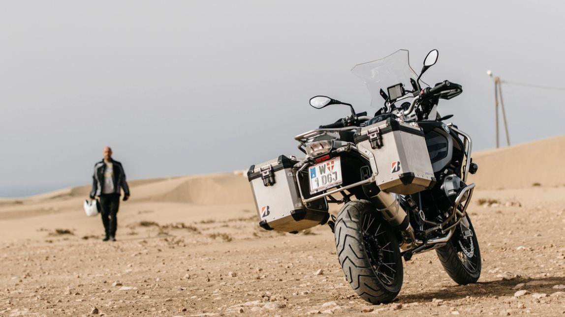 Bridgestone оснастит своими шинами Battlax Adventure A41 новые туристические эндуро BMW