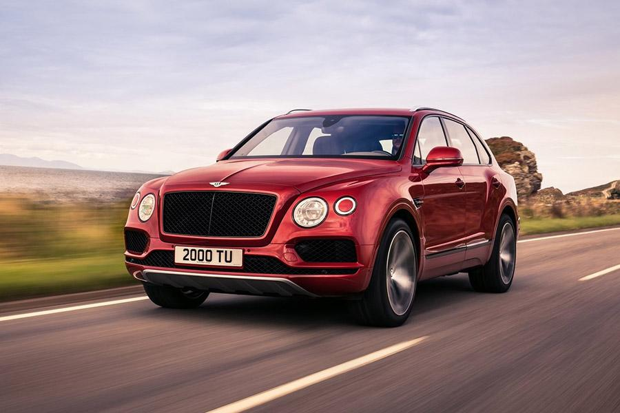 В России стал доступен Bentley Bentayga V8