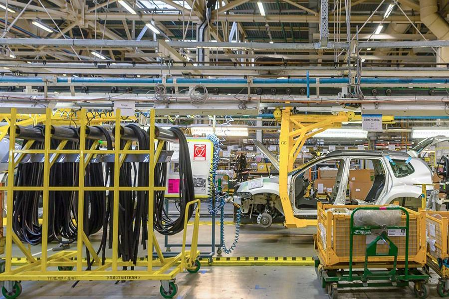 Стали известны свежие подробности о новом кроссовере Renault для России