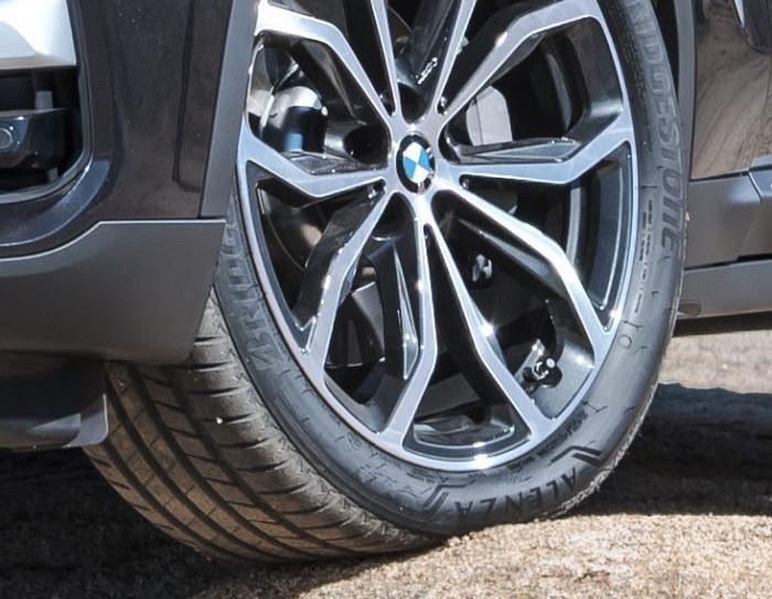 Две модели шин Bridgestone одобрены для оригинальной комплектации BMW X3