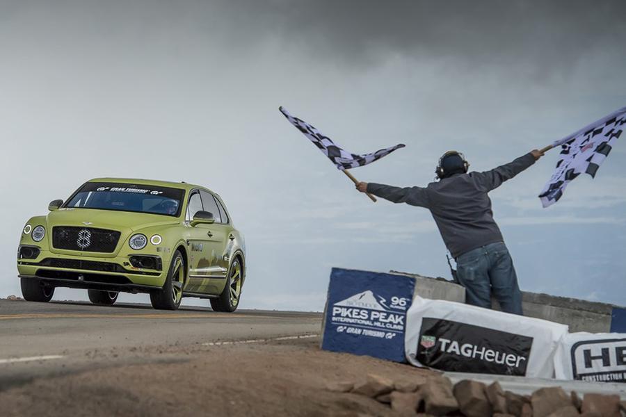 Bentley покорил Пайкс Пик и отпразднует это событие
