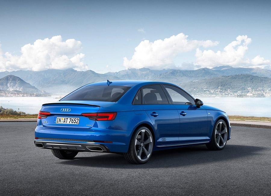 Audi обновила семейство А4
