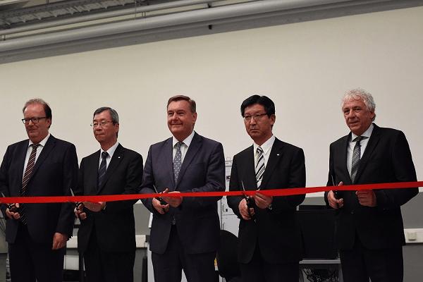 Sumitomo и Dunlop открыли новый Центр разработок и тестирования в Германии