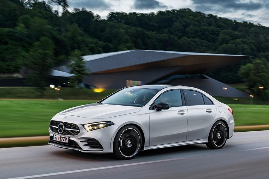 Mercedes показал седан A-Class для Европы