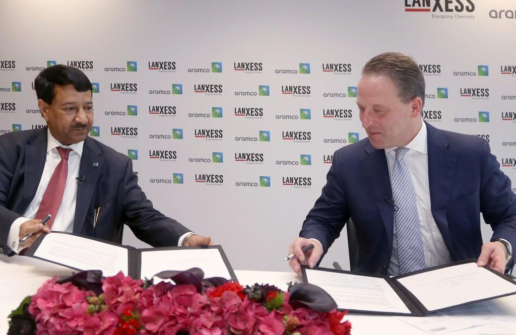 Lanxess продаст свою долю в Arlanxeo саудовской Saudi Aramco