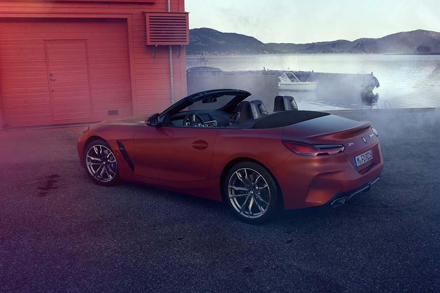 Фирменная съемка BMW Z4 частично попала в сеть