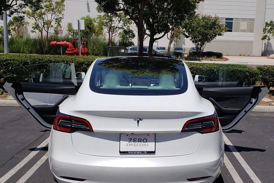 Tesla Model 3 поразила покупателя качеством сборки