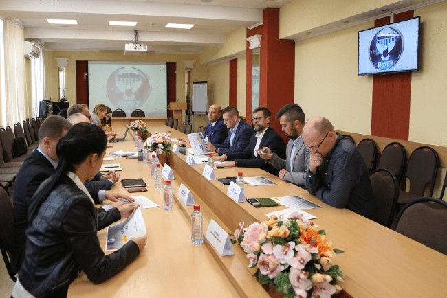 Пирелли и ВятГУ дали старт новому этапу сотрудничества