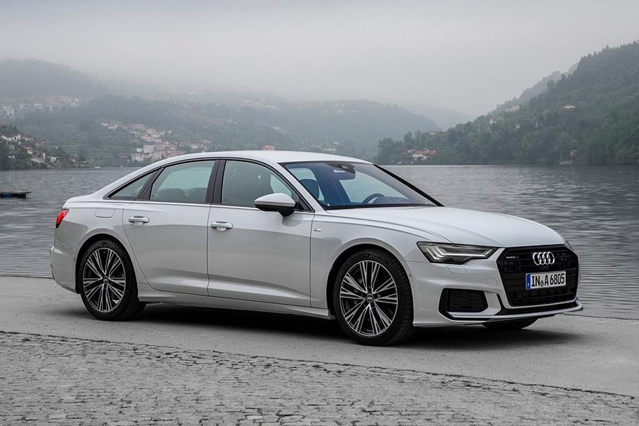 Audi объявляет цены на две новинки
