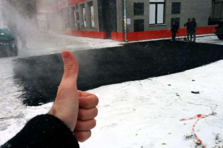Росавтодор разрешил класть асфальт зимой