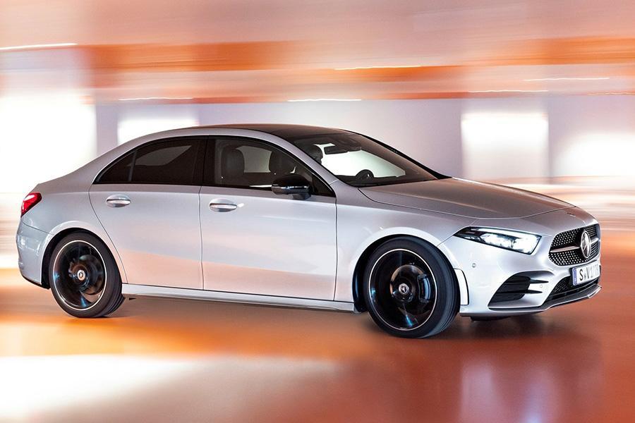 Mercedes назвал российскую цену седана A-Class