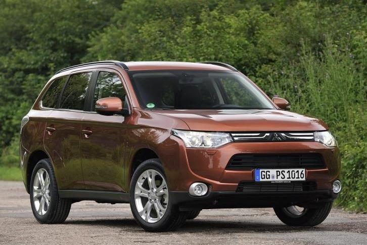 На российском рынке отзывают Mitsubishi Outlander