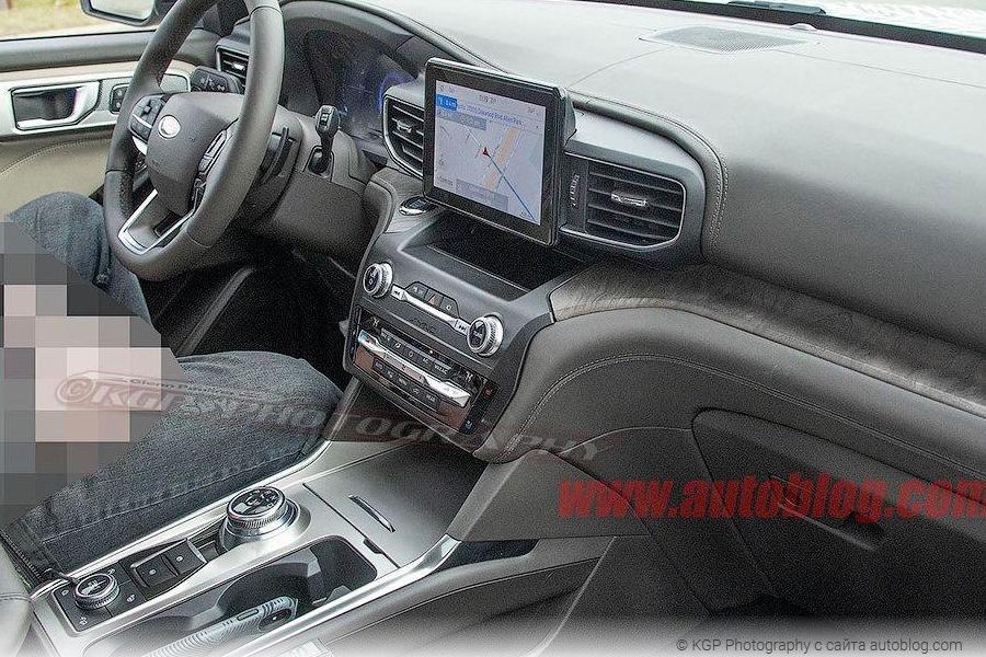 Фотошпионы раскрыли интерьер нового Ford Explorer