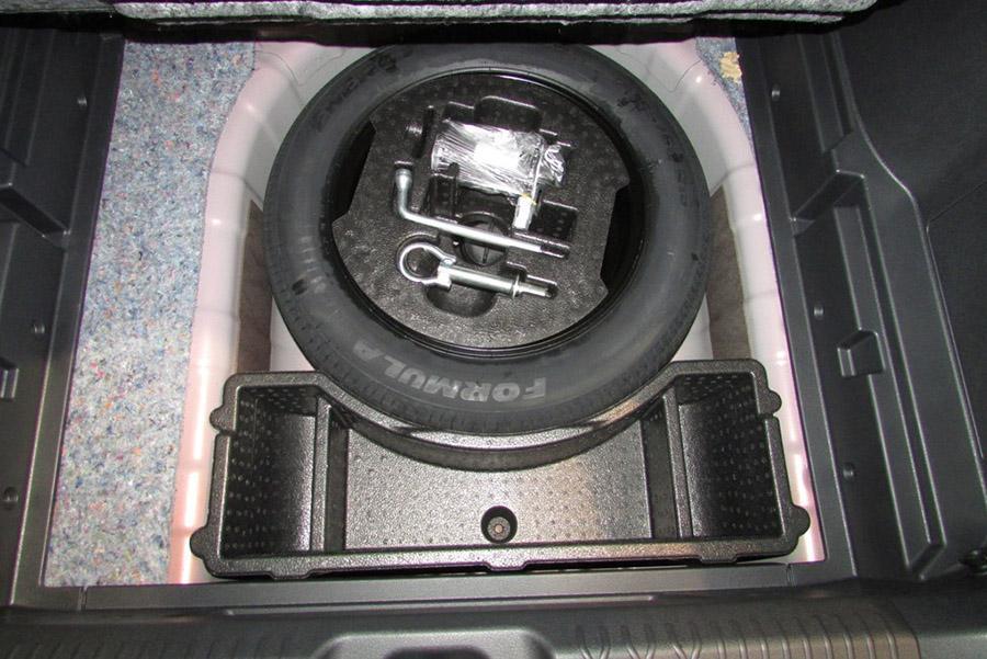 Lada Vesta отзывают из-за неправильной запаски