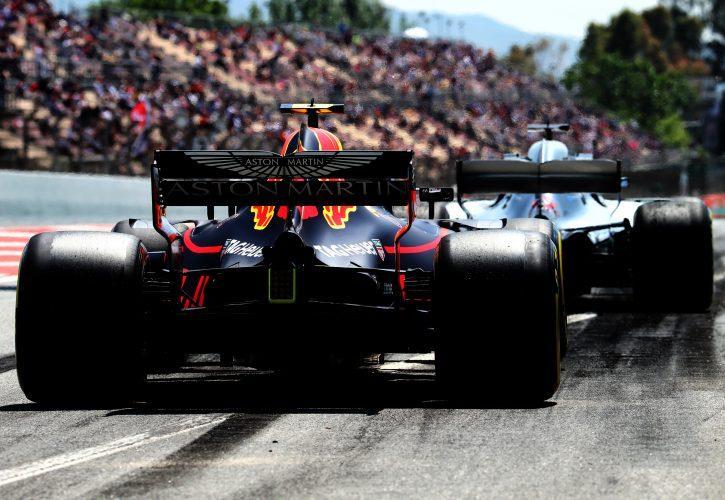 Команды F1 не захотели менять существующие правила стартового комплекта шин