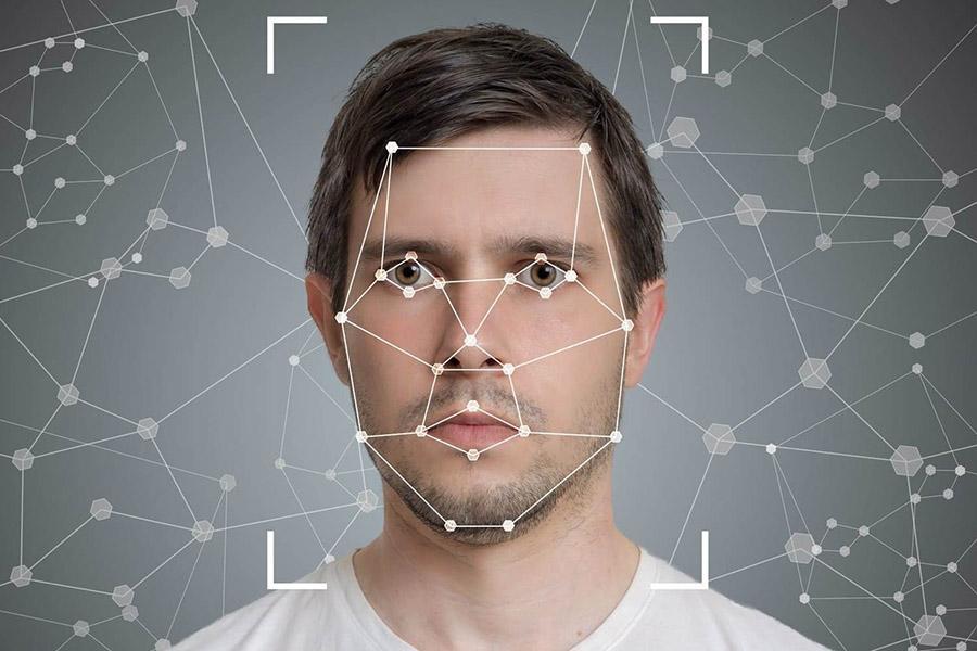 ГИБДД готовится к переходу на цифровые водительские права