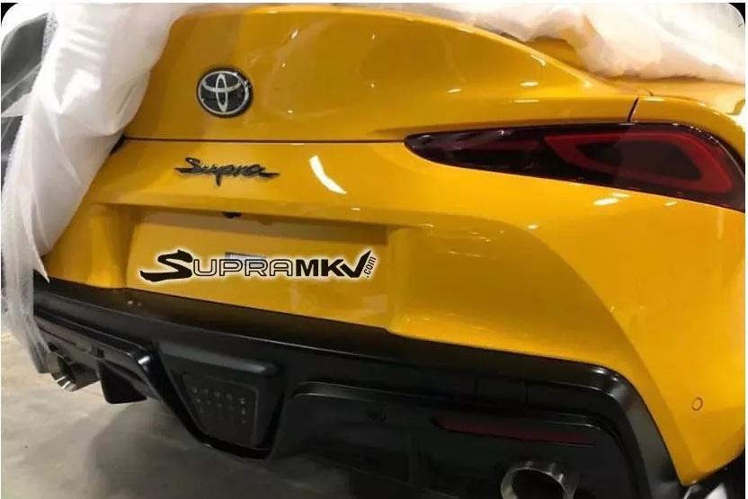 Toyota Supra снова попозировала фотошпионам