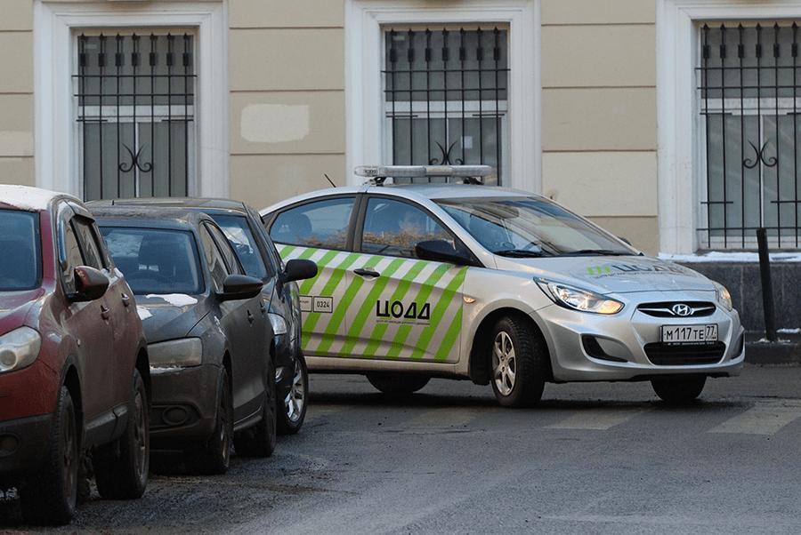 Москва усиливает контроль за парковками и пешеходными переходами