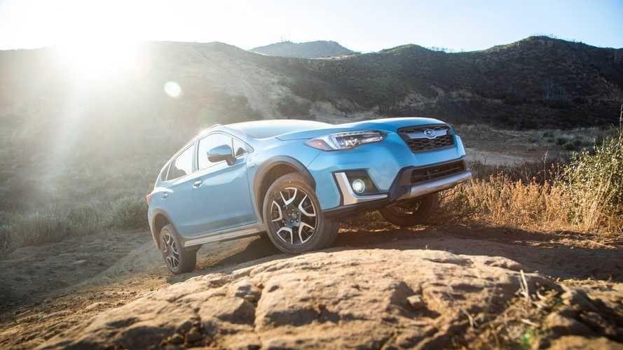 К американским покупателям Subaru Crosstrek Hybrid приедет на всесезонках Falken