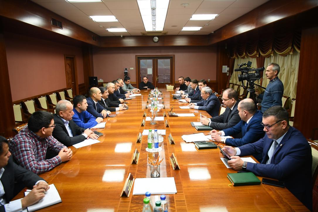 Узбекские специалисты изучают специфику производства шинного комплекса Кama Tyres