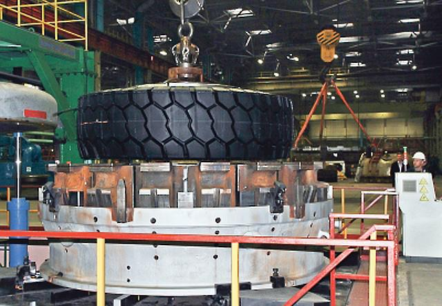 «Белшина» расширила ассортимент крупногабаритных ЦМК шин